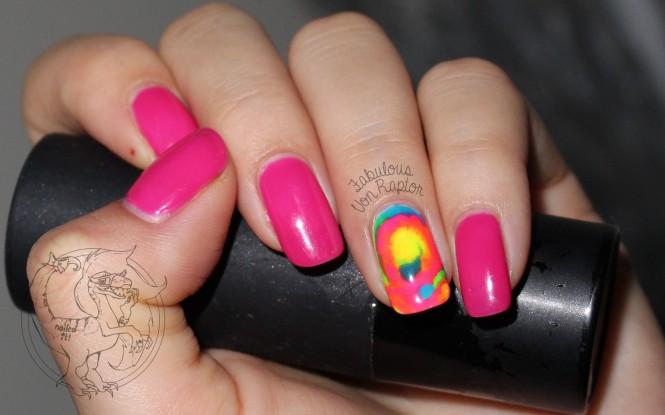 Fabulous-Von-Raptor-Tie-Dye-nail-art-0