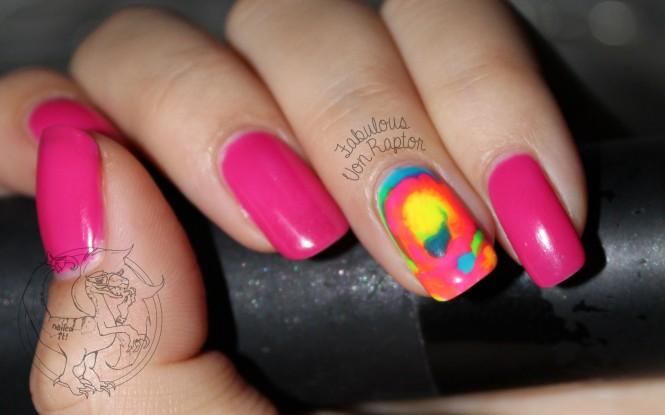 Fabulous-Von-Raptor-Tie-Dye-nail-art-1
