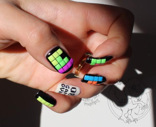 Fabulous Von Raptor - Tetris Manicure