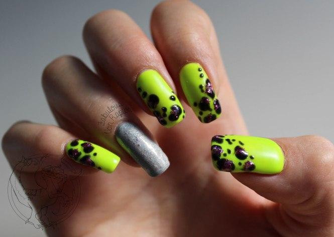 Fabulous Von Raptor - Radioactive Leopard Print